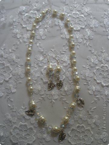 Комплект Бирюзовая сказка. выполнен из полимерной глины, сваровски, бирюзы, ажурных бусин и чашечек.   фото 42
