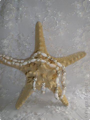 Комплект Бирюзовая сказка. выполнен из полимерной глины, сваровски, бирюзы, ажурных бусин и чашечек.   фото 39