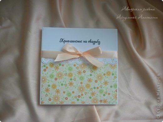 Свадебные приглашения, но не обычные, а для видео-приглашения. Это коробочки для СД дисков, на которых молодожены запишут свое приглашение. Просили в ярких тонах) фото 4