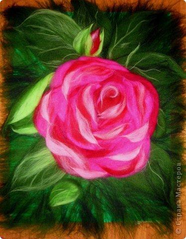 По вашим просьбам подготовила МК на тему: как выложить розу из шерсти просто и быстро (как мне кажется :))  Решила все показать на примере конкретной картины. Это уже итог. А ниже будут поэтапные фото и пояснения.  фото 26