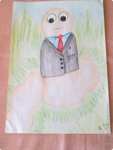 Здравствуйте, друзья!!! Меня зовут Полина, на данный момент мне 13 лет. Я очень давно не выкладывала свои работы(с 2011 года), но регулярно посещаю этот сайт. В этой записи я  покажу несколько своих работ, сделанных в 2013 году. Приятного просмотра! Итак, начнем! Этот рисунок я нарисовала у мамы на работе цветными карандашами. фото 14