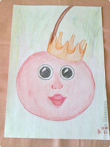 Здравствуйте, друзья!!! Меня зовут Полина, на данный момент мне 13 лет. Я очень давно не выкладывала свои работы(с 2011 года), но регулярно посещаю этот сайт. В этой записи я  покажу несколько своих работ, сделанных в 2013 году. Приятного просмотра! Итак, начнем! Этот рисунок я нарисовала у мамы на работе цветными карандашами. фото 15