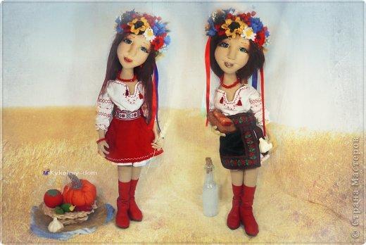 Куклы День рождения Лепка Шитьё Кукла украиночка в национальной украинской одежде Украинский веночек Ленты Тесто соленое Ткань