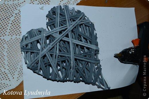 Мастер-класс Поделка изделие Новый год Аппликация Плетение Плетенные сердечки из бумажных трубочек Бумага Клей Краска Ленты Фетр фото 45