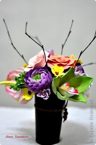 Композиция цветочная в подарок (ручная работа из полимерной глины) фото 1