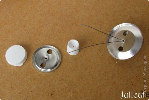 Кукольная жизнь Мастер-класс Новый год Моделирование конструирование Подставка под фрукты в кукольный домик Бусинки Проволока фото 10