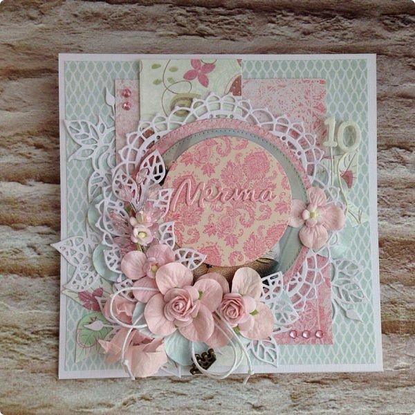 Еще одна памятная  юбилейная открытка с фотографией ! Там очаровательная принцесса с мечтой в глазах! Открытка стойка , тяжеленькая, не смотря на ее зефирность:) фото 1