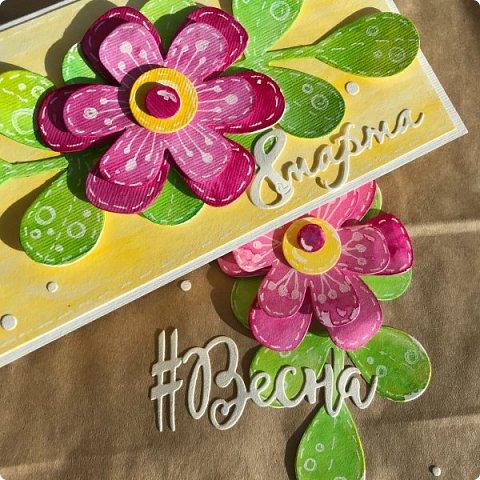 Мимоза — прекрасный цветок, Тепла и надежды творенье, Весны пробужденья росток.... (Самарина Елена) Мимоза..., это моя первая рукодельная работа, которую я делала в детском саду и я ее помню... Мне так понравилось катать шарики из ваты, макать их в желтую краску и сушить на батарее:) А потом это превратилось в аппликацию к 8 марта для мамы....  Да и вообще в детстве . я не помню тюльпанов на этот праздник, а тем более роз, помню мимозу...  На открытках моего детства тоже были момозы...  А вчера, прямо хлынул поток вдохновения... Опять попались открытки Анна Макаренко, да и Ольга Кайнова поделилась своими наработками по созданию мимозы... Я решила это дело не откладывать и начала творить:) фото 14