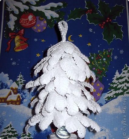 Елочка в снежном наряде