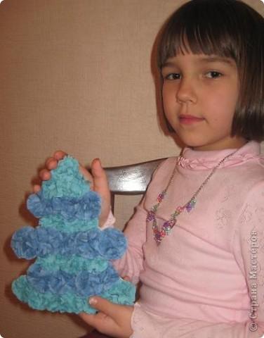 Голубая пушистая ёлочка