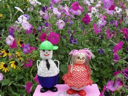Жили-были бабушка Роза и дедушка Василек... Любили они разводить цветы в своем саду. фото 1