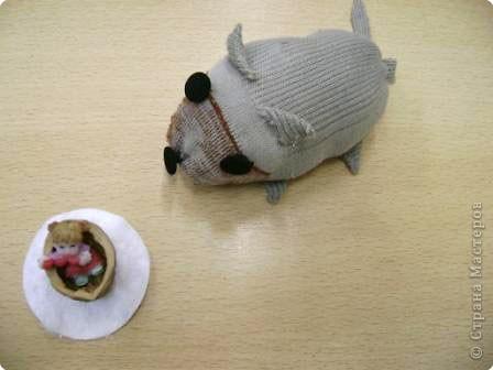 Старая мышь и Дюймовочка