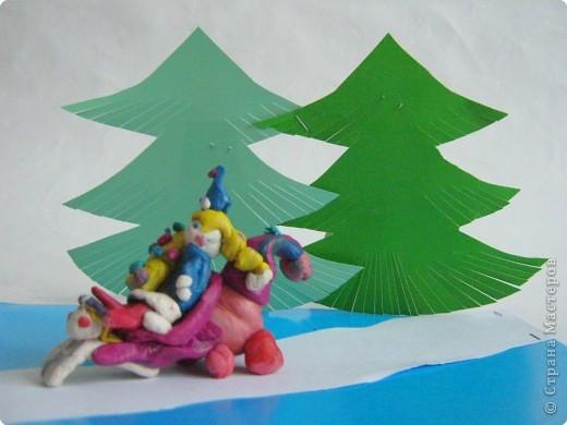 Снегурочка в гости к елочкам