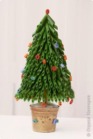 Макаронная елка