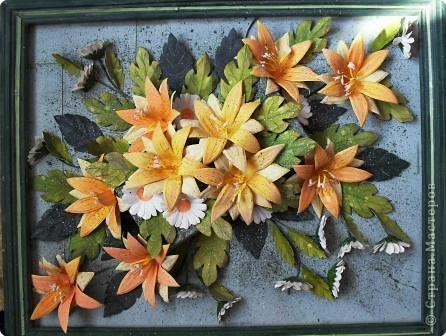 Моя бабушка очень любит цветы. Мы с ней выращиваем разные цветы в своем саду. Эти цветы радуют всех все лето.Но рвать их очень жалко. Поэтому я решила подарить всем вот такой летний букет!