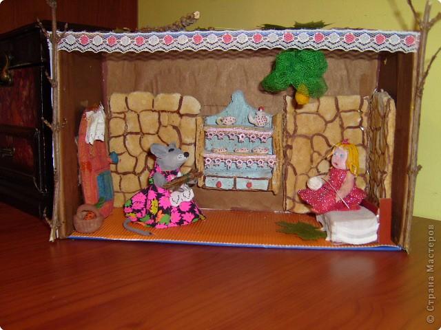 Дюймовочка и полевая Мышь