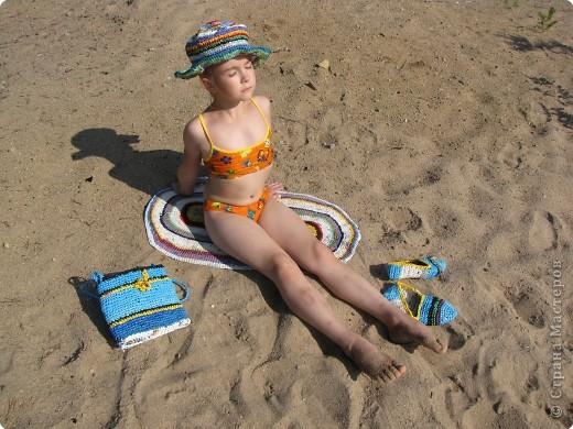 комплект для пляжа связан крючком из полиэтиленовых пакетов фото 2