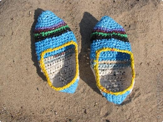 комплект для пляжа связан крючком из полиэтиленовых пакетов фото 6