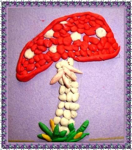 Мухоморчик комочки из пластилина (мозаика) Старшая группа №3 Смирнова Аня фото 1