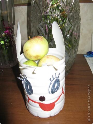 В детском саду мой Зайка угощал всех яблоками фото 1