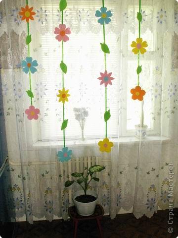 Цветочная поляна на окне