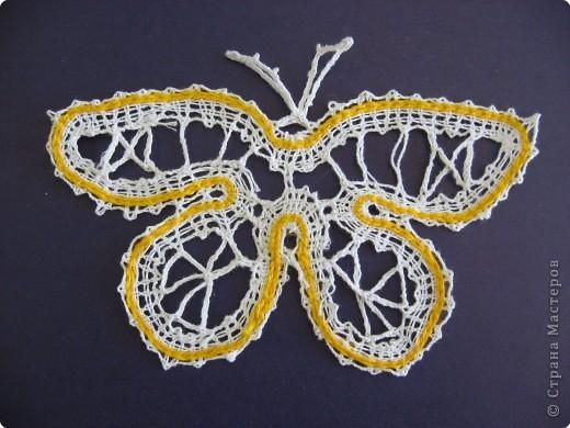 К сожалению бабочка, выполненная в этой технике не может передать всех красок, что дарят нам эти  создания...Но в этой работе я постаралась передать нежность и очарование бабочек...