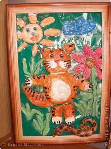 Танюшкин, котик на летнем солнце загорал и солнышком он сам и стал.