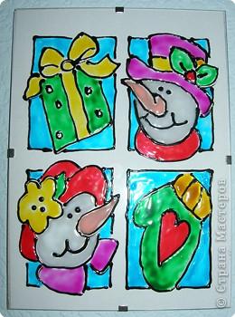 Такие картинки мы рисуем в подарок своим родным. Эту - я подарю  бабушке вместе со стишком.