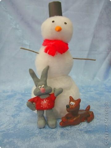 Снеговичок, заяц и волк
