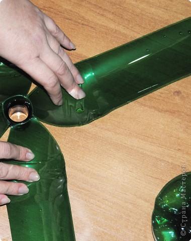 1.Беру пластмассовые зеленые бутылки. фото 5