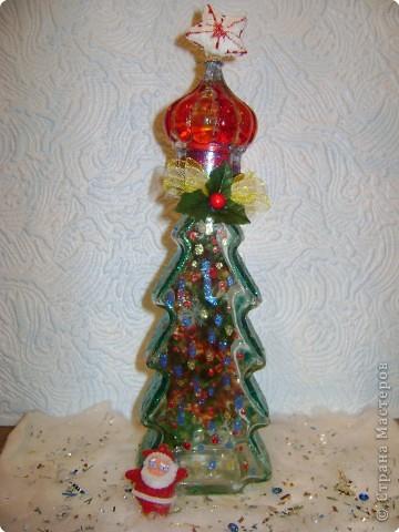 Чем необычен мой подарок? Если у кого - то из моих  друзей,  родственников  или  соседей вдруг не будет настоящей ёлочки на Новый год,  я  могу  подарить  свою - она заменит настоящую. фото 1