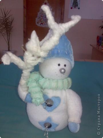 Снеговик из зимнего леса