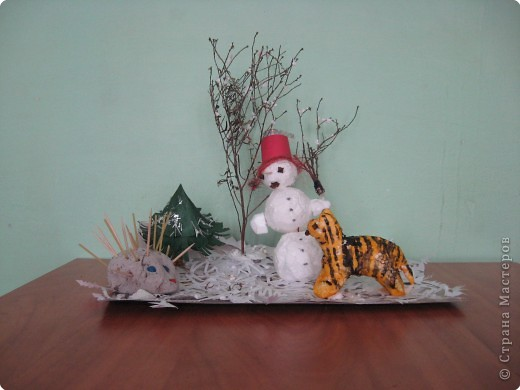Веселый снеговик
