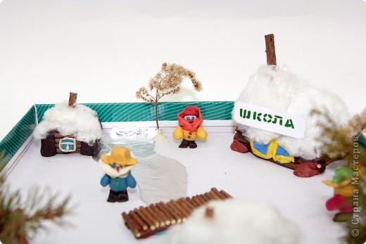 Домики выполнены из веточек деревьев. фото 4