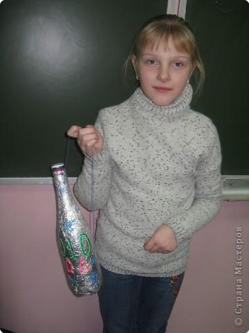 Вот такую бутылку повесит Полина на новогоднюю ёлку фото 1