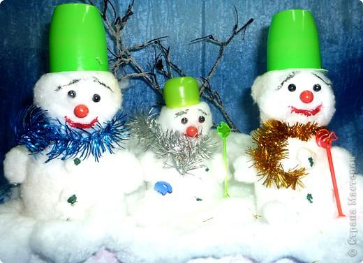 Вот они - наши дружные снеговики! фото 1