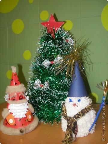 Веселый снеговичок и дед Мороз