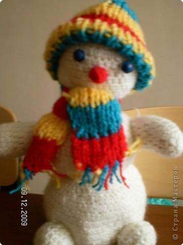 Озорной снеговичок