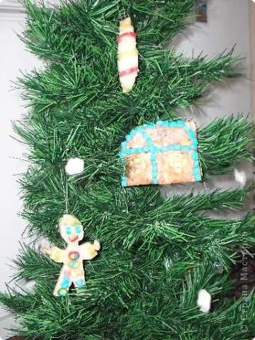 Все мои елочные игрушки вместе на новогодней ёлке. фото 1
