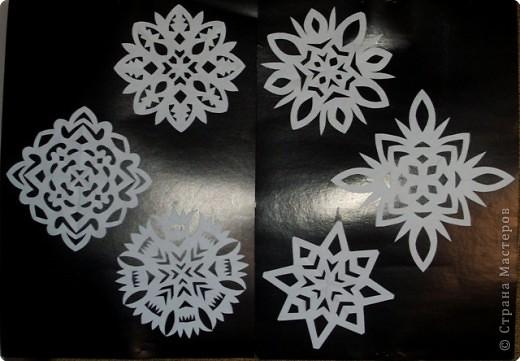 Снежинки - зимние цветы.