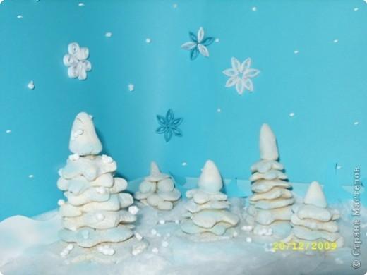 """Чародейкою Зимою Околдован, лес стоит, И под снежной бахромою, Неподвижною, немою, Чудной жизнью он блестит.  Федор Тютчев """"Чародейкою Зимою околдован, лес стоит..."""" фото 1"""