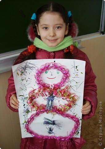 Я сделала снеговичка - помощника Деда Мороза. Сегодня он хочет поздравить всех людей с наступающим Новым годом! фото 2