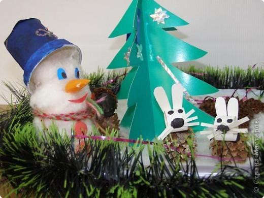 Снеговичок и друзья-зайчишки