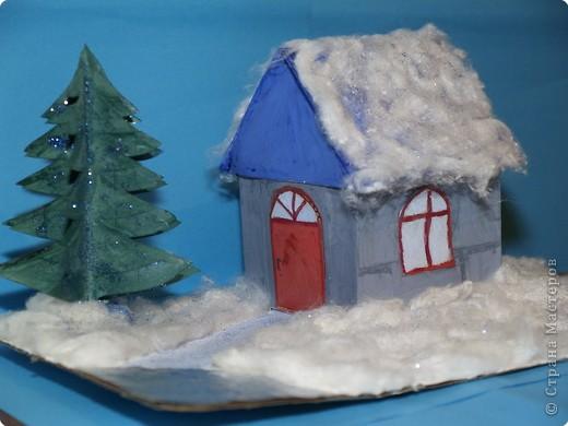Этот маленький  домик у зимнего озера мне хочется подарить своей мамуле!