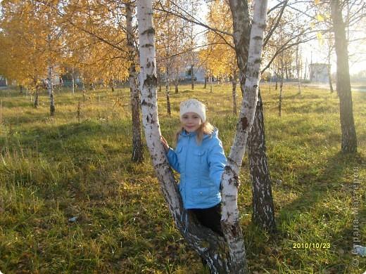 """Давайте знакомиться! Меня зовут Аня. Мне 10 лет. Учусь в 4 классе. После школы пою в фольклорном ансамбле """"Ручеек"""". Люблю кататься на коньках и роликах, а также мастерить разные поделки. Путешествовать буду со странички сестры. фото 1"""