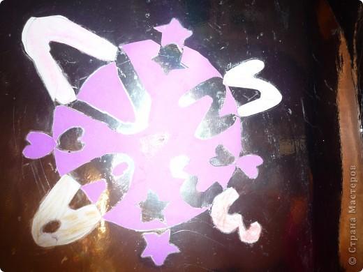 """Монограмму Лиза писала и вышивала сама с помощью Осокиной Натальи Николаевны, руководителя кружка по вышивке в Доме Детского Творчества """"Измайловский"""". фото 5"""