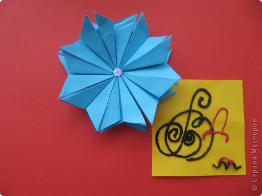 """Мне эта звездочка напоминает снежинку. Я ее сделала из моделей """"крылья, """"ракета"""", """"шатл"""". фото 7"""