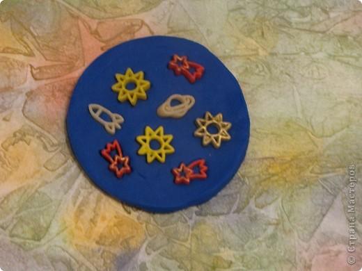 """Тема 1. Тренировочный полёт. Моя звезда Вот моя красавица. Я ее назвал """"Денебола"""". Это звезда, второй звездной величины. Она находится в созвездии льва. Я ее изготовил из модулей: 8 крыльев, 8 звезд, 8 ракет. фото 18"""