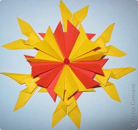 """Вот такая звездочка Снежинка получилась у меня . Она состоит из 6 модулей """"Крылья"""" и 6 модулей """"Шаттл"""". фото 2"""