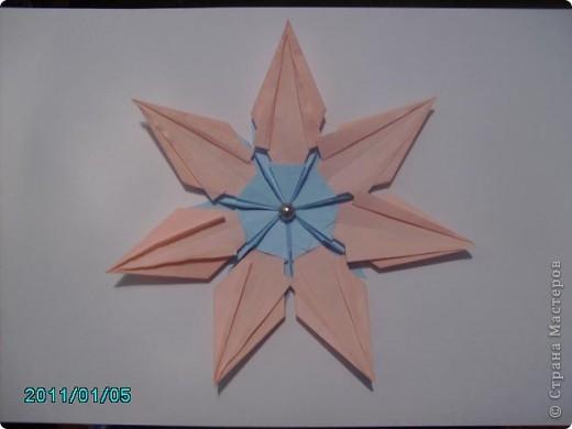 """1.Моя звезда. Свою звезду я собрала из 4 модулей """"Крылья"""", 4 модуля """"Стрела"""" и 4 модуля """"Звезда"""". фото 4"""